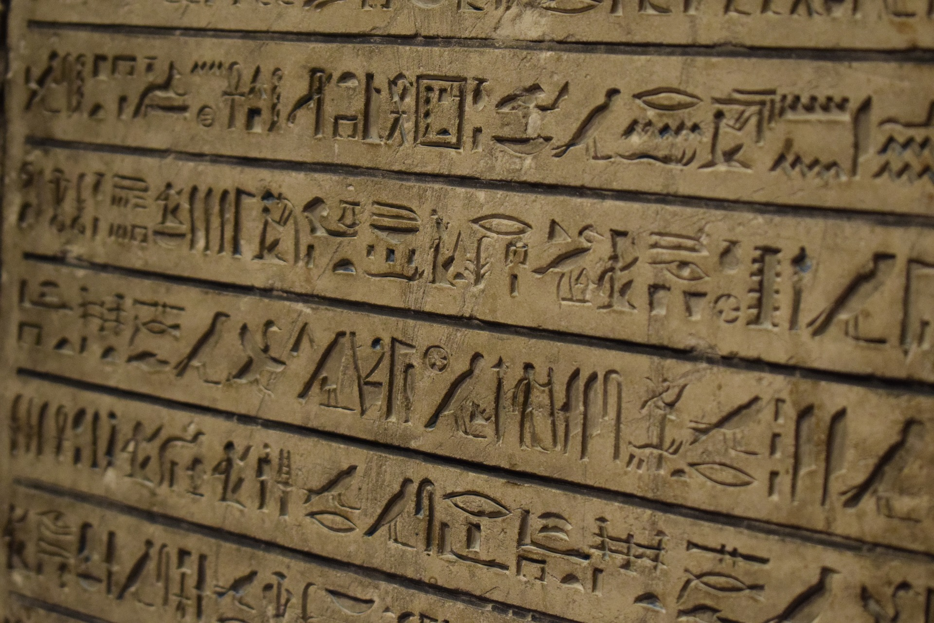 INTRODUCCIÓ ALS JEROGLÍFICS EGIPCIS (III)
